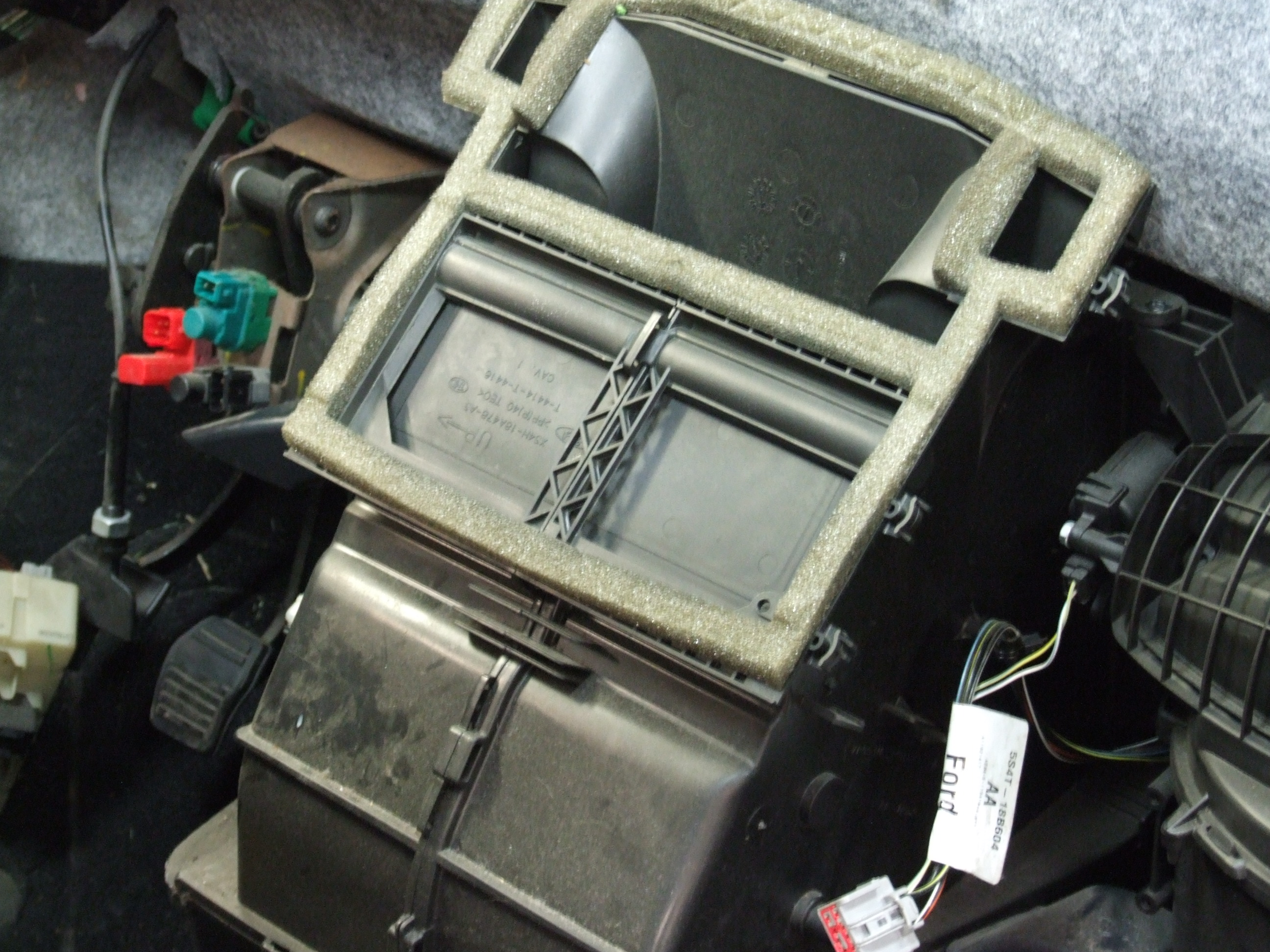 Ford Focus heater box